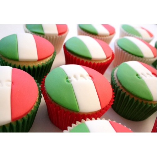 italian cupcakes - Could do these for Andrea