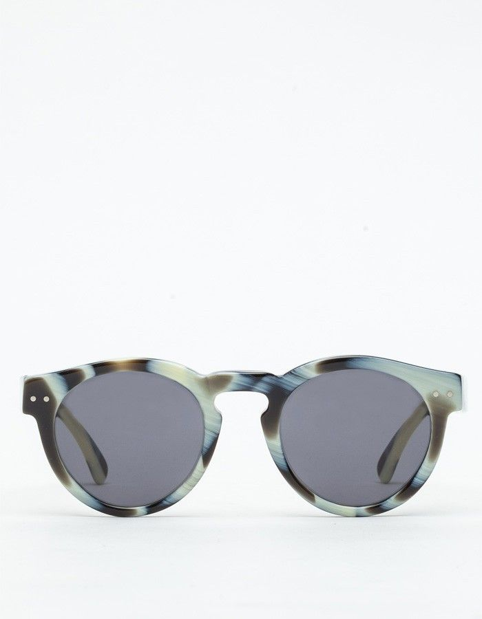 Oval shaped frames with warm smoky lenses and bold horn frame from Illesteva, inspired by 50's Havana.   Handmade in Italy