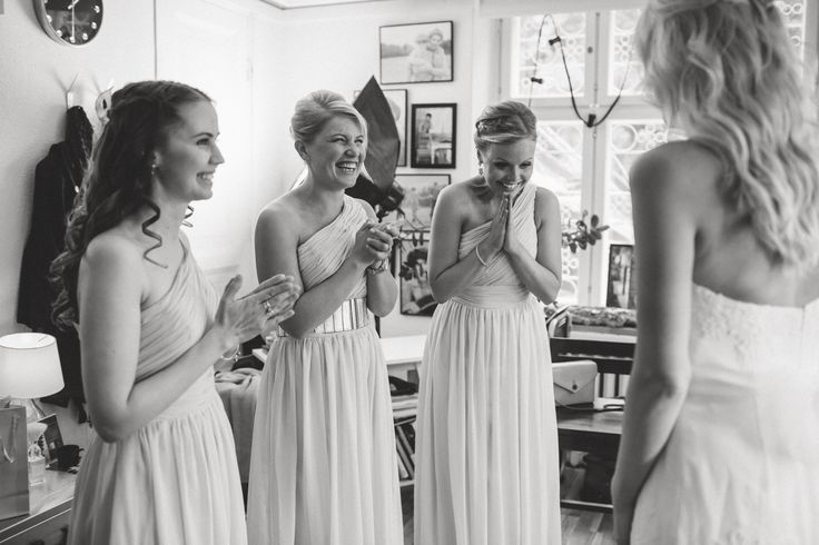 Wedding Morning / Bride / Bridesmaid Dresses / Black and White / John and Saara's Wedding. Photography by Maria Hedengren.
