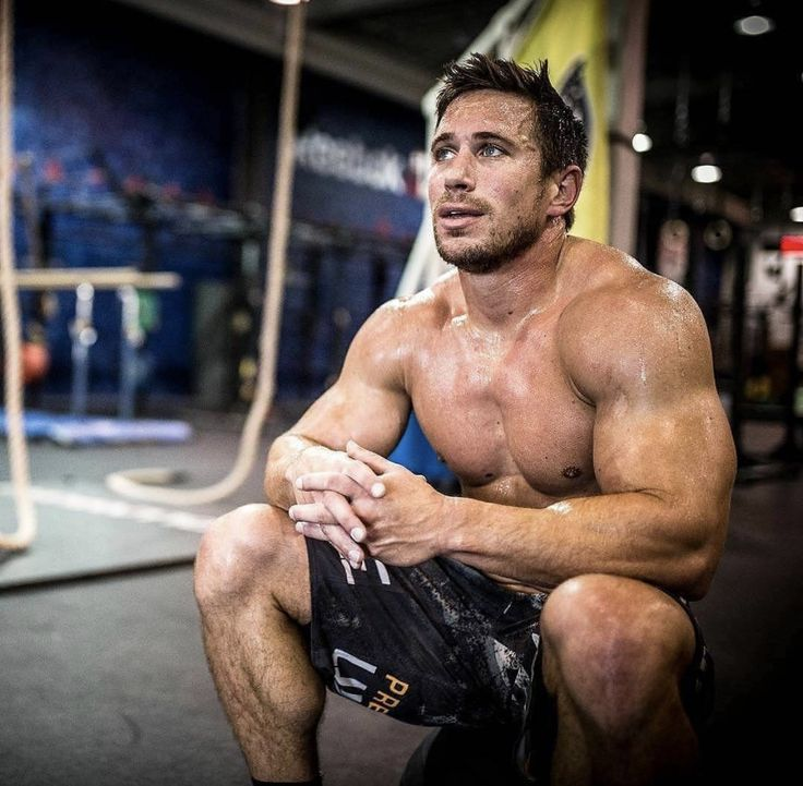 Pin By Barbend On Crossfit Athletes Dan Bailey Crossfit Dan Bailey Crossfit Men