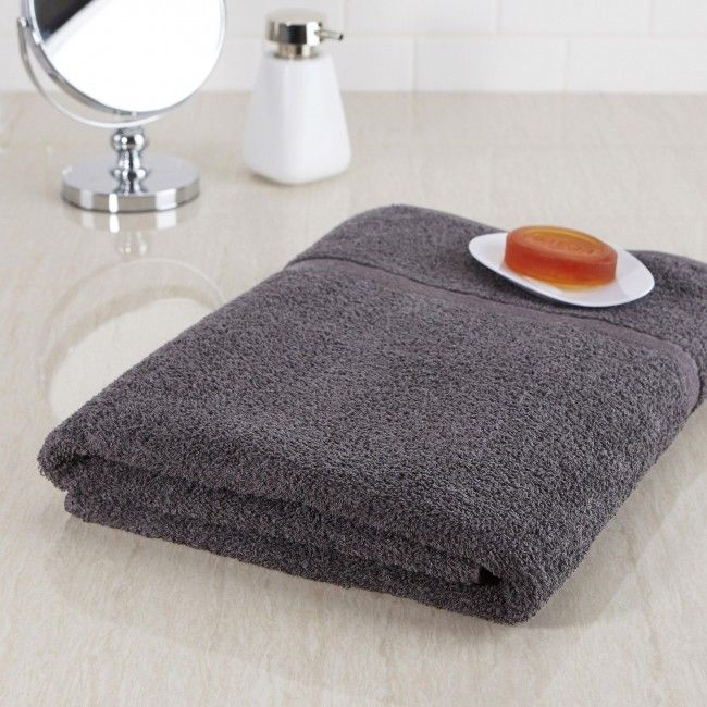 Made in Canada with the ultimate standards and quality, Cambridge Soft Touch Towels are a soft and luxurious way to keep dry.