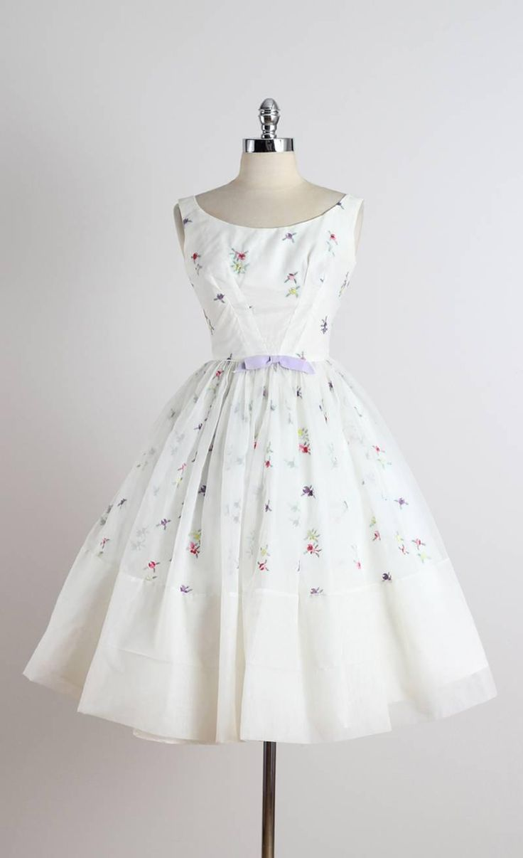 Vintage 1950s Fred Perlberg Embroidered Cocktail Dress