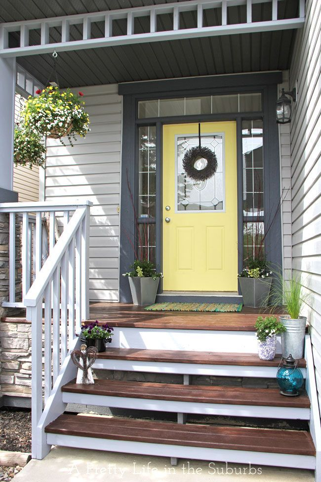 Porch Makeover // Love the yellow door fresh colours!