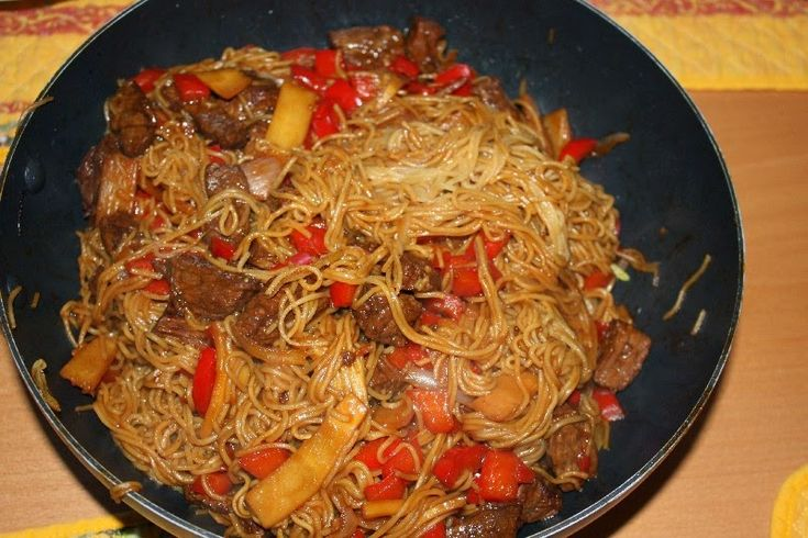 Karsten's Blog: gefrituurde noedels met teriyaki rundvlees en groenten