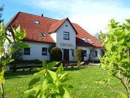 FeWo für 4 Pers. in Gutshaus in Trent (Rügen) mit Reitmöglichkeit auf Ponies.