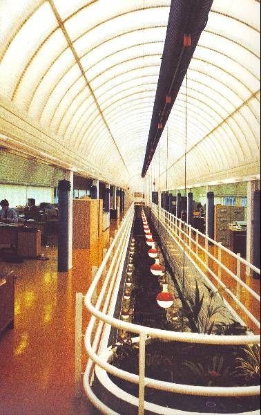 Centro de Cálculo e Servizos de Caixa Galicia |Andrés Fernández-Albalat Lois | A Coruña (1983) | Foto: archxx-sudoe.es