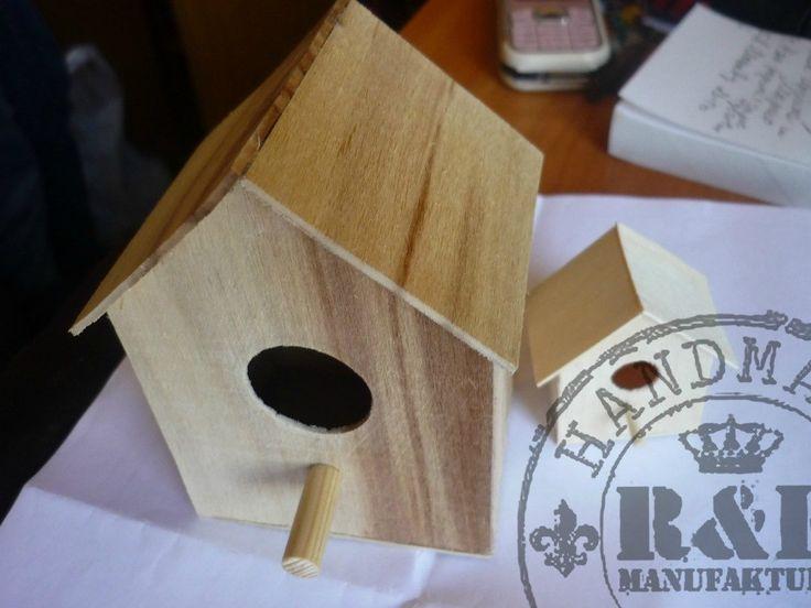 Изделия из дерева (скворечник в миниатюре)