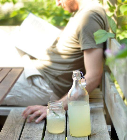 Sparkling Rosemary Limeade | Recipe