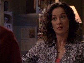 """Moira Kelly relaxes at Karen's Café in the """"One Tree Hill"""" pilot. Kelly was pregnant at the time but her character wasn't, meaning close-up shots like this were frequently employed during the first season.  -  Moira Kelly (voice of The Lion King's Nala interview)"""