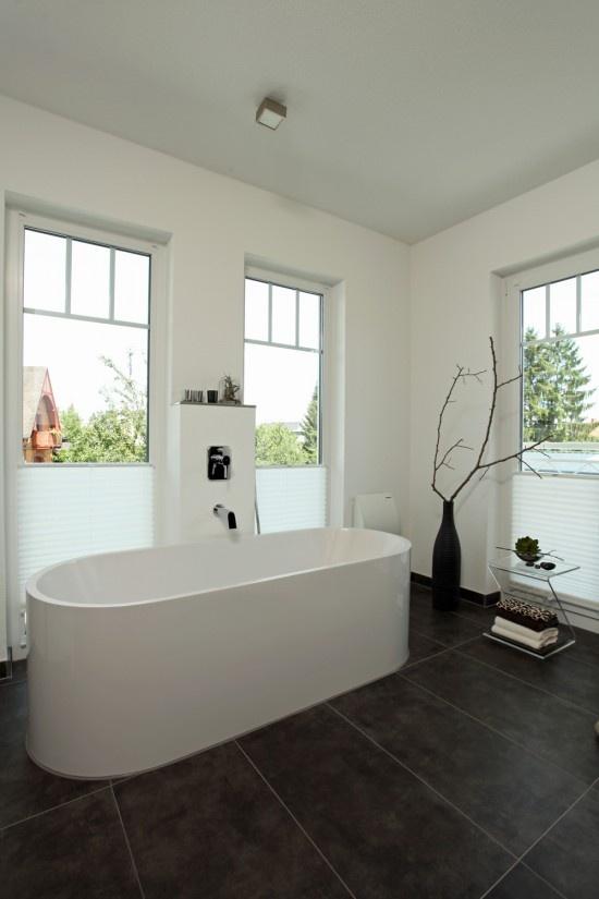 Fertighaus wohnidee badezimmer stadtvilla wohnideen for Badezimmer wohnideen