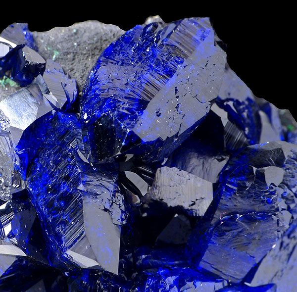fuckyeahmineralogy:  Azurite; Milpillas Mine, Municipio de Cananea, Sonora, Mexico