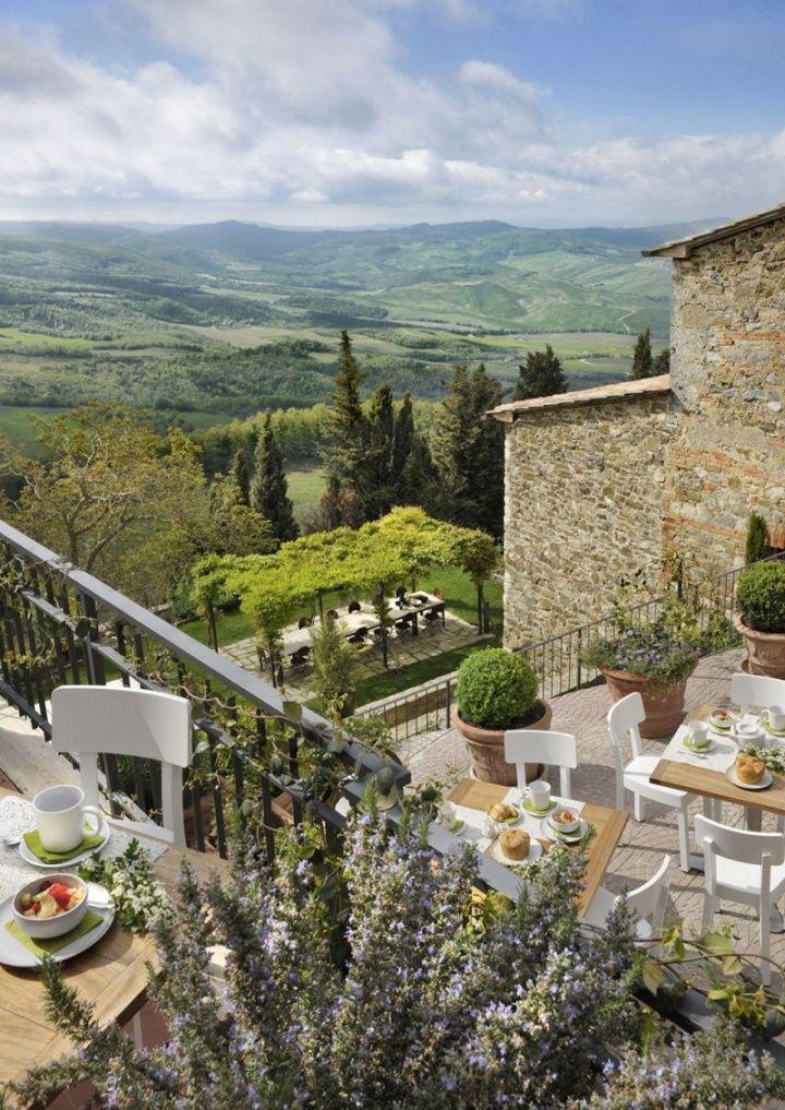 Hotel Monteverdi by Ilaria Miani, Castiglioncello del Trinoro – Italy I wanna have a meal overlooking those scenery!