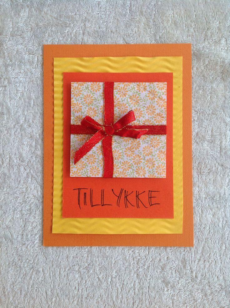 Et kort til fødselsdage, særlige begivenheder e.l. der indebærer et TILLYKKE.