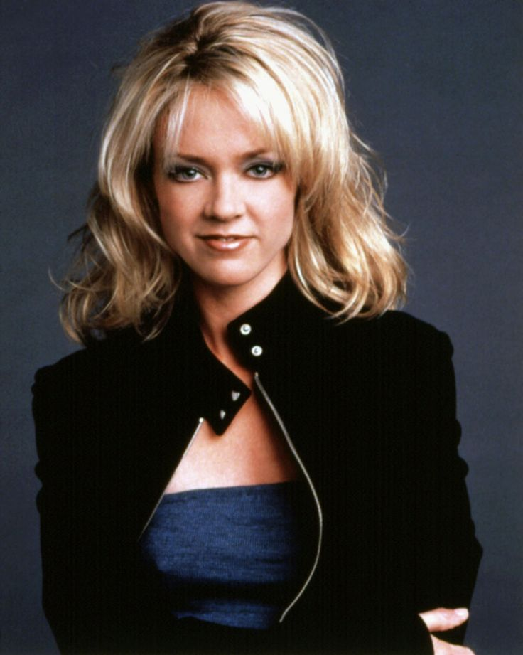 """Lisa Robin Kelly who played Eric Forman's older sister on """"That 70s Show"""", died on Wednesday, August 14, 2013 due to cardiac arrest. She had recently checked into rehab in an effort to fight an alcohol addiction"""