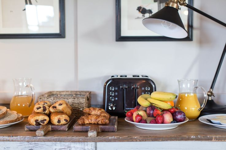 Gorgeous breakfast spread at the Pheasant Inn in the Shefford Woodlands, England.  #breakfast #hotel #breakfastgoals #travel #england #woodlandretreat #holiday #vacation #travelgoals #berkshire #hungerford