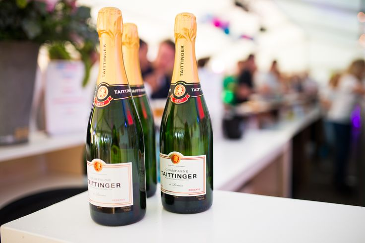 Let's have some champagne! #sparkling #bubbels