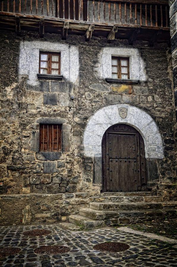 Typical house - Isaba - Navarra
