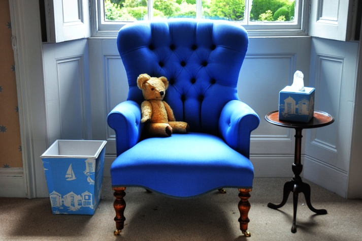 Love this for a kids nursery! Cubbins can use material of ur choice to make nursery accessories like these