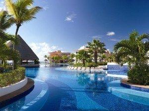 Moon Palace Cancun es un complejo todo incluido, incluye un spa con todos los servicios y un campo de golf de 27 hoyos, diseñado por Jack Nicklaus. #Cancun #Mexico #Hoteles