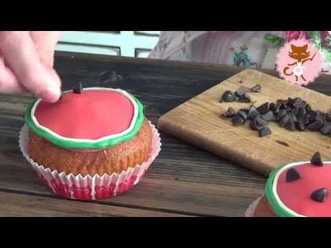 Sitruunaiset melonimuffinsit.