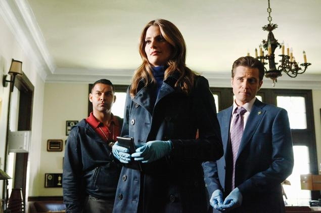 "CASTLE - ""Always"" -- When the murder of an Army veteran puts Beckett on the trail of the man who shot her, Castle must decide how much he's willing to sacrifice to keep her safe. As secrets are revealed and feelings are put on the table, the lives of the detectives at the 12th Precinct may never be the same, on the Season Finale of ""Castle,"" MONDAY, MAY 7 (10:01-11:00 p.m., ET), on the ABC Television Network. (ABC/VIVIAN ZINK)"