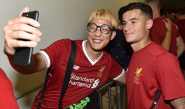 Liverpool damaging club and Philippe Coutinho by not selling to Barcelona - Jermaine Jenas - http://buzznews.co.uk/liverpool-damaging-club-and-philippe-coutinho-by-not-selling-to-barcelona-jermaine-jenas -