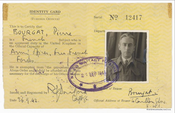 Carte d'identité au nom de Pierre Bourgat, 26 septembre 1942, Archives nationales / fonds Pierre Brossolette / 72AJ/2215 © Archives nationales, France