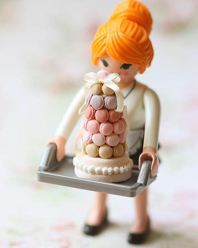 いいね!239件、コメント11件 ― Pei Li Miniaturesさん(@peiliminiatures)のInstagramアカウント: 「Meeting my aunt tomorrow. She passed me this Playmobil toy a while ago to take photos of the my…」