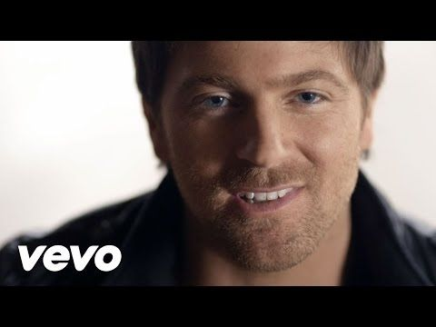 """Hey Pretty Girl"" - Official Music Video 
