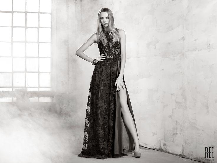 Koronkowa sukienka maxi. Maxi lace dress. http://www.bee.com.pl/e-sklep