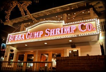 Bubba Gump Shrimp Co - 900 Parkway Traffic Light #8  Gatlinburg, TN 37738  Ph: 865-430-3034