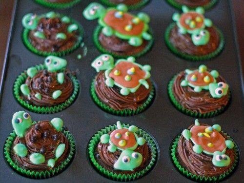 Turtle cupcakes for a birthday: Cakes Ideas, Birthday Parties, Turtle Cupcakes, Turtles Toppers, Cute Ideas, Turtles Cupcakes, Cups Cakes, Turtles Baby, Birthday Ideas