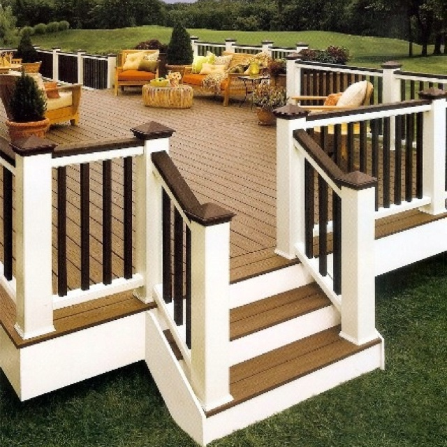 I love the way this deck adds character and class to your home by having multiple tones amd colors.
