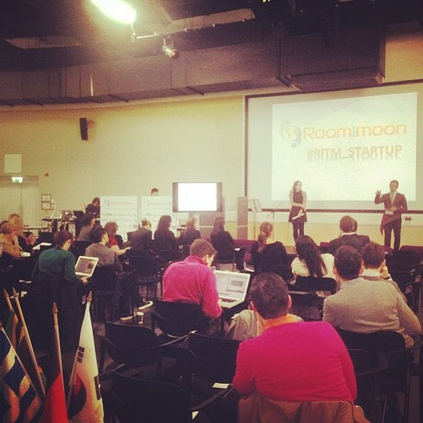 "My speech ""Social Media for your business"" in London - International Conference for Startups 2013"