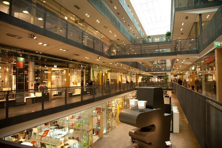 Small Mall Enclosed Google Zoeken Shopping Mall Design Home Mall Design