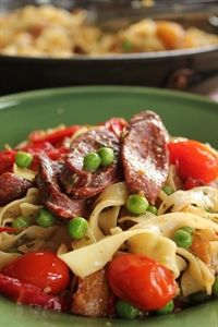 A tasty pasta to whip up in minutes... Fettuccini with Spanish sausage, peas and peppers