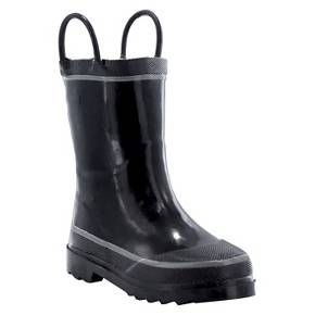 • Rubber construction for water resistant durability<br>• Pull on handles help him dress himself<br>• Non-marking sole protects your floors<br><br>The Toddler Boys' Firechief 2 Rain Boots in Black by Western Chief make for a splashing fun time. These boys' rain boots give him the protection you want and he gets to play harder.