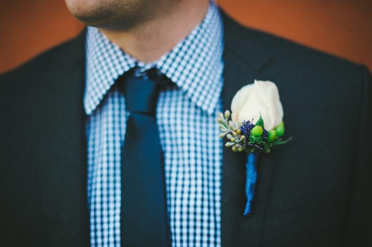 Seersucker + white rose boutonniere. Photography By / sarahmaren.com, Event Planning + Design By / katemiller.com