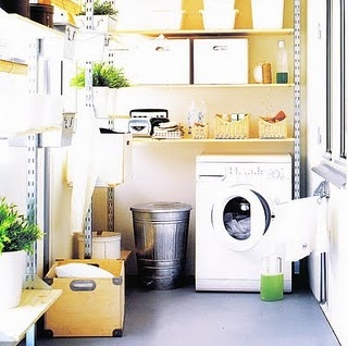 quiero arreglar el lavadero así                                                 by @Gail Regan Truax://brabournefarm.blogspot.com/