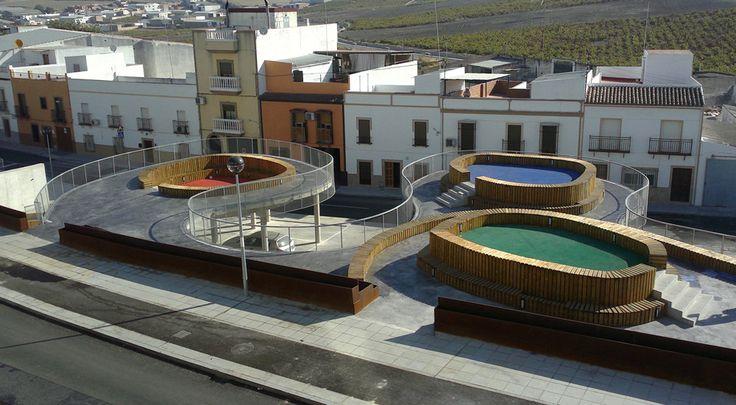 Plaza Elevada / Francisco J. Nicolás Ruy-Díaz