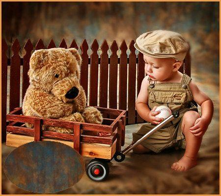 Love the wooden wagon, large teddy bear, baseball, and newsboy hat! Fun props. #kimberlingray