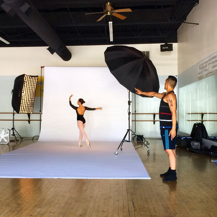 And after completing the ballet with @centerstageutah dancers, running a parent showcase of my work this week and teaching two privates today, I had two more important jobs to do: direct a photoshoot (to prepare for college applications) for @ale_preciado with photographer @davebrewer behind the camera & teach Ale a classical variation. Just another day at the office....but ended it with dinner at the food trucks in Provo!  #dance #ballet #contemporaryballet  #franciscogelladance
