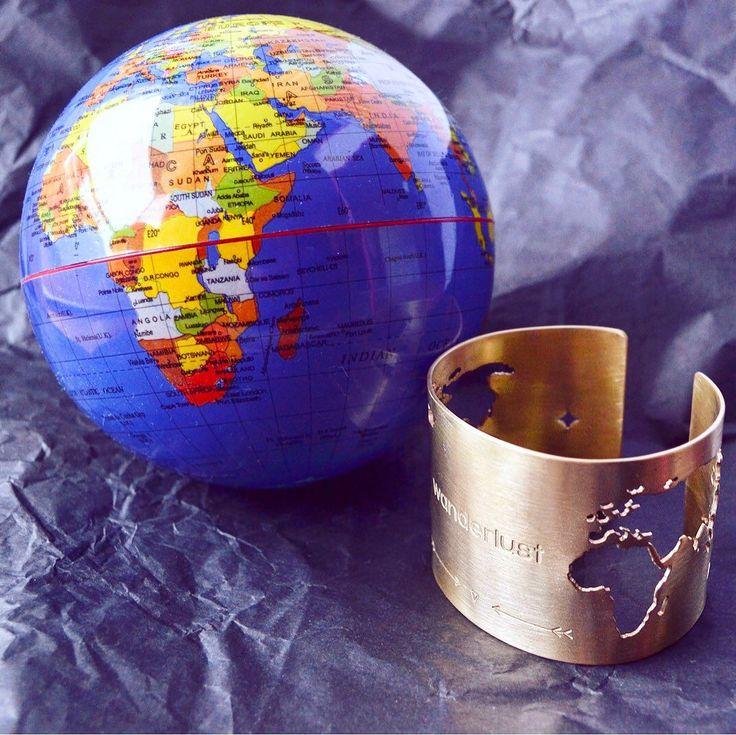 Who doesn't love to travel??   Maybe our Travel bracelet will change your mind!! ✨✨   #traveltheworld #explore #globebracelet #adventureawaits #worldtravels #travelbracelet #worldcuff #fernweh #wanderlust #travelmore #worldjewelry #traveljewelry