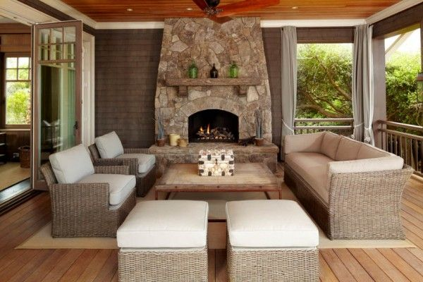 Love this screened in porch from beach house 07 1 kind for Screened porch furniture layout