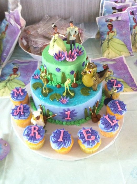 36 Best Princess The Frog Cakes Images On Pinterest Frog Cakes