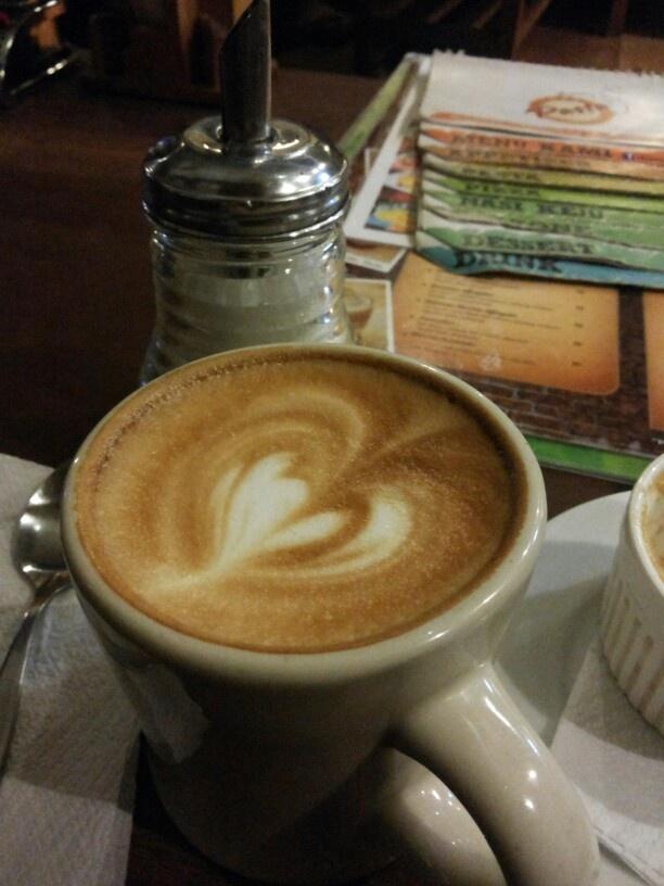 Tempat ngopi paling asik dengan kopi berkualitas. Warung kopi Sruput Yogyakarta. @wksruput 0274560745.