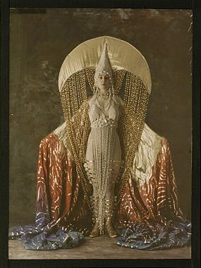Erte-inspired? ~ trish ...///... Autochrome: Women's costume figuring a moon, circa 1921, Salon du goût français.