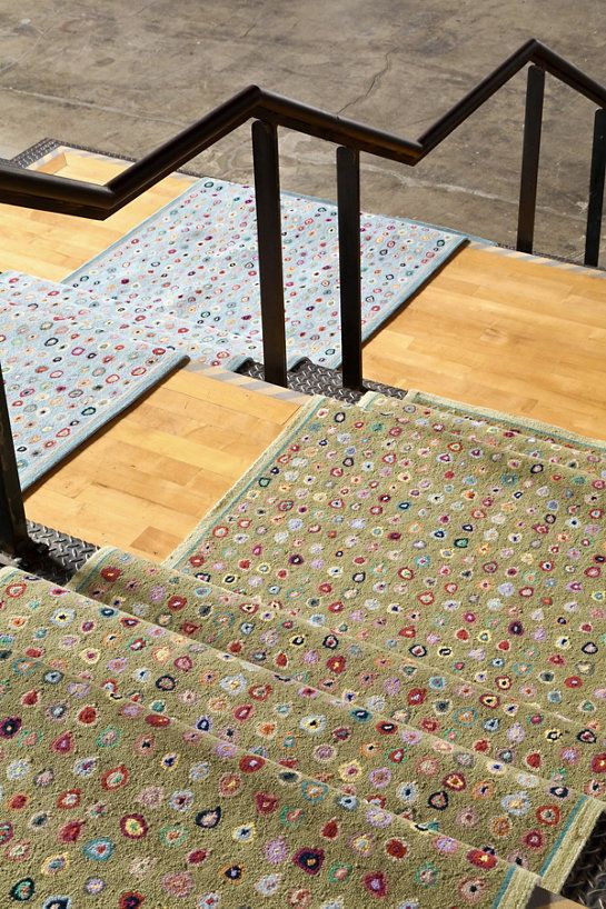 Cat's Paw Blue Wool Micro Hooked Rug