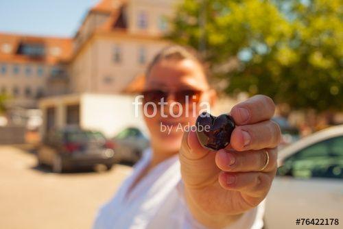 """Laden Sie das lizenzfreie Foto """"Heartcherry"""" von Photocreatief zum günstigen Preis auf Fotolia.com herunter. Stöbern Sie in unserer Bilddatenbank und finden Sie schnell das perfekte Stockfoto für Ihr Marketing-Projekt!"""