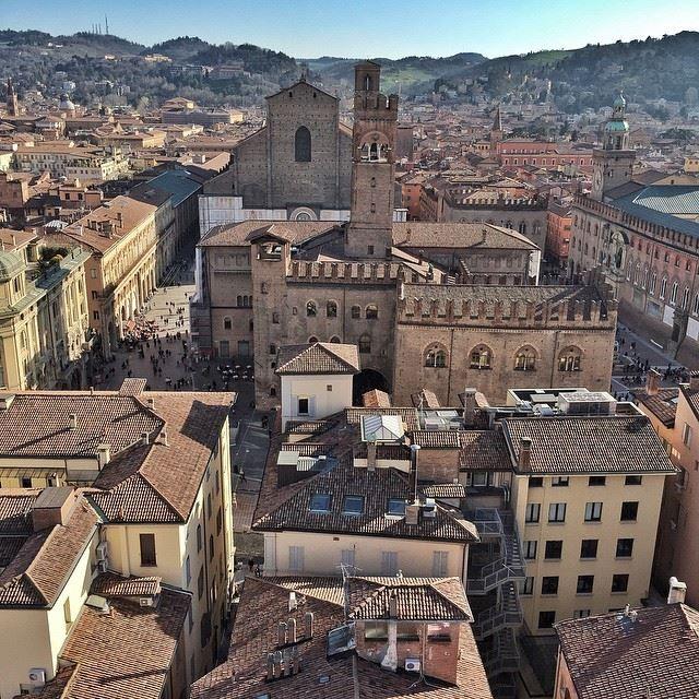 Dal campanile della cattedrale di S.Pietro: #Bologna  instagram, foto di @pettister